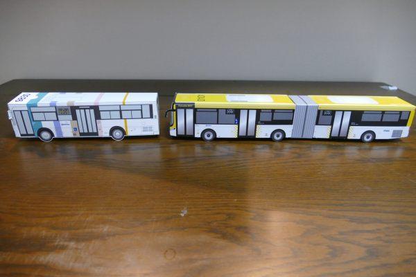 bus33.jpg